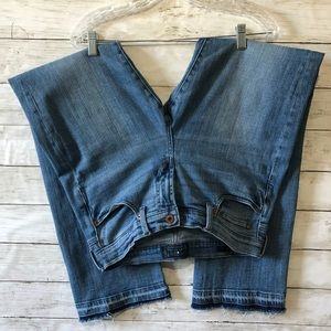 LUCKY BRAND JEANS Easy Rider Raw Released Hem P5